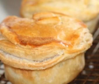 Pies, glorious pies