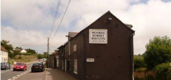 Shop sign selling Dorset Knobs